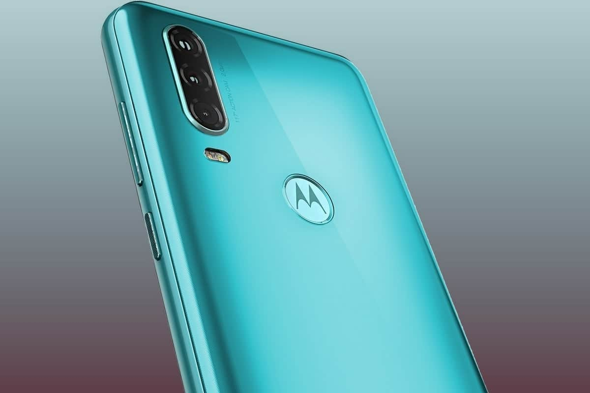 Motorola One Action получает Android 10 в России